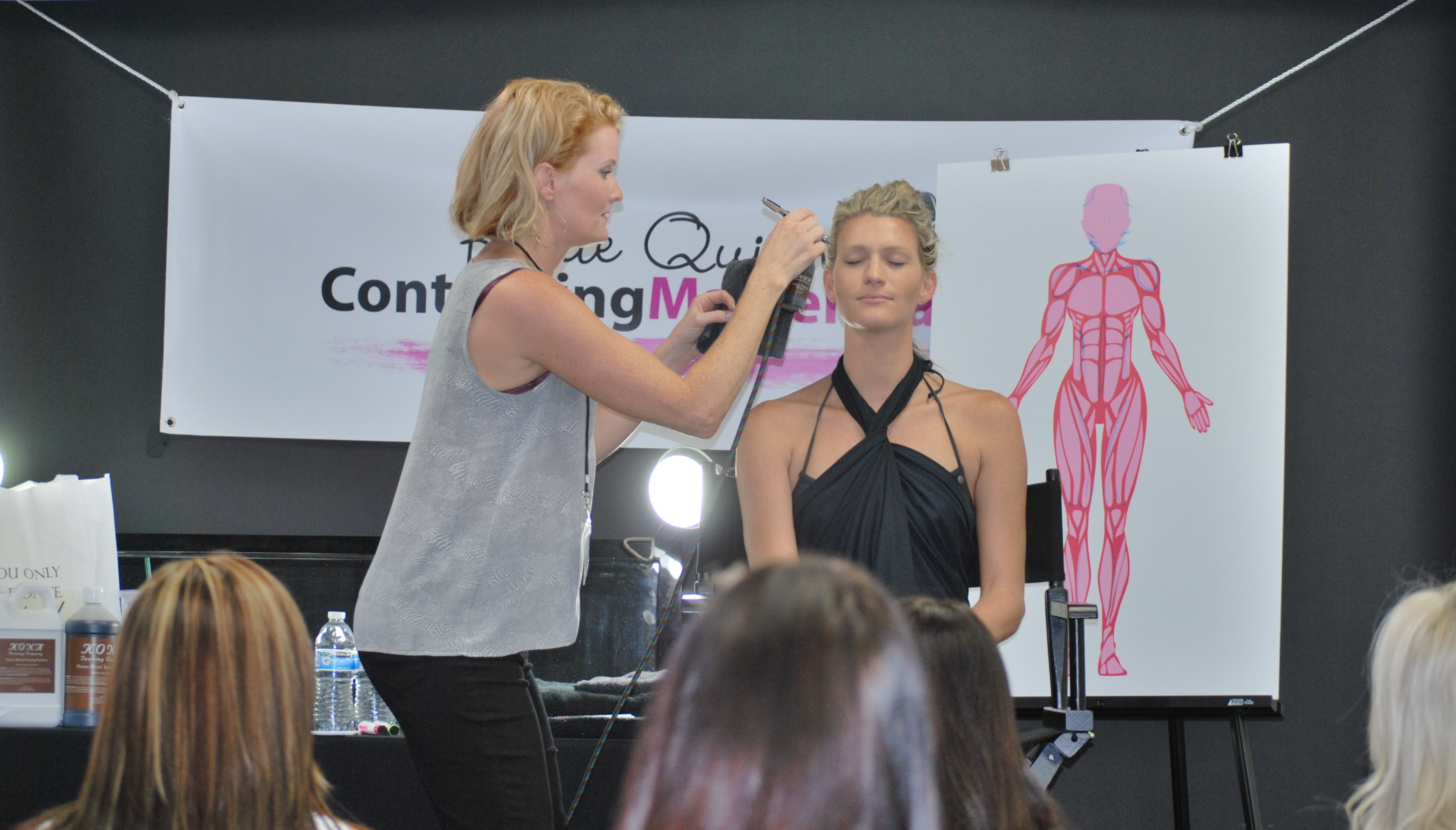 Learn to contour with your spray tans with Katie Quinn's Spray Tan Contouring Master Class in Orange County, California