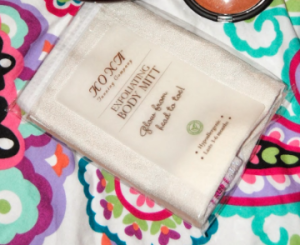 Reviewed:  Kona Tanning's Exfoliating Body Mitt