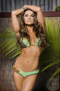 Kona Tanning Preps Fitness Model for Bodybuilding Photoshoot