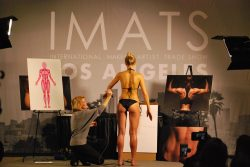 Katie Quinn Teaches Spray Tan Contouring Class at IMATS LA